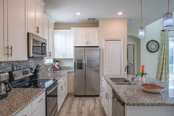 Space for all guests to move around in the kitchen
